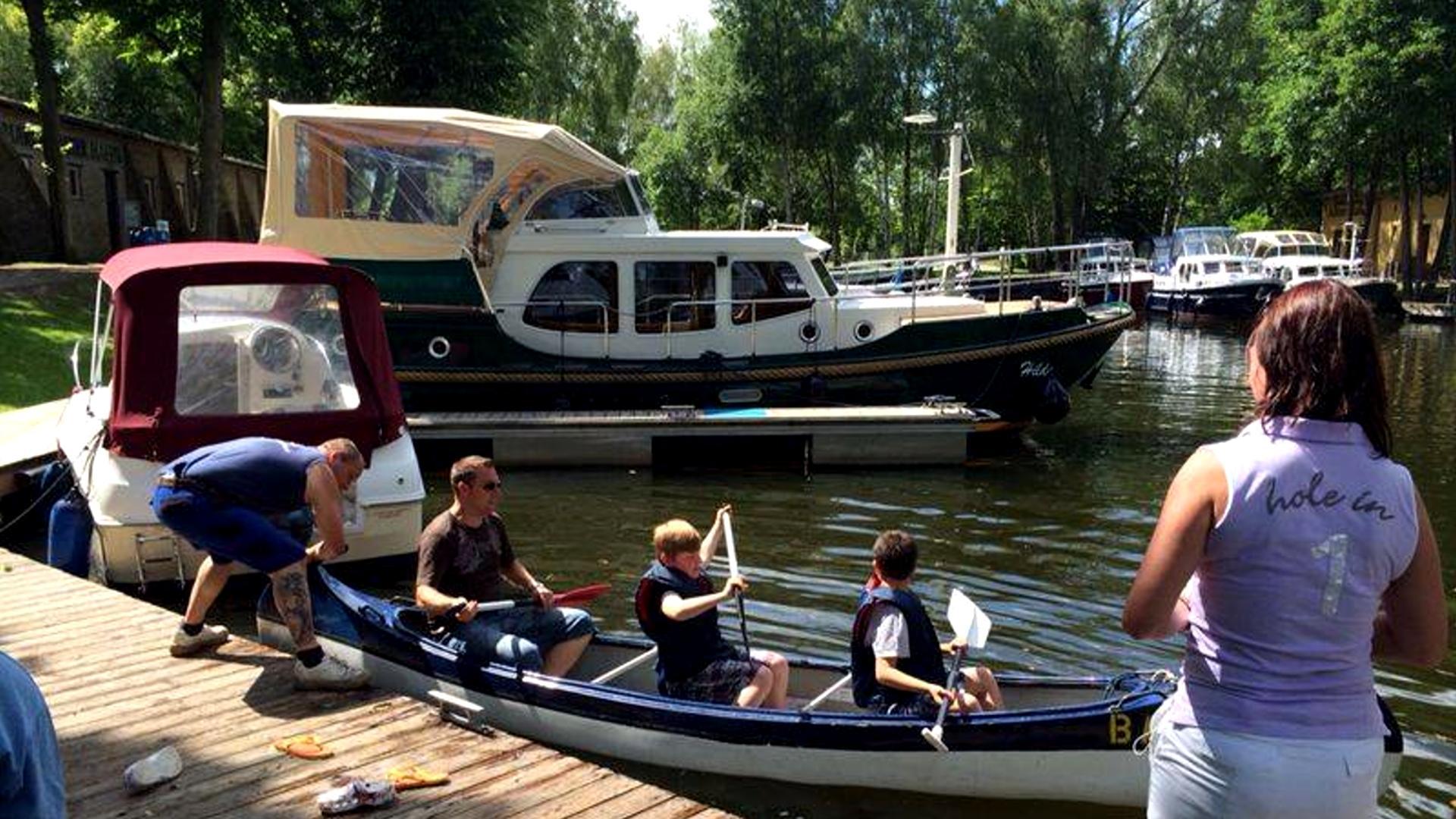 Kanu-Kajak-Kanadier-Boot-Yacht-mieten-02